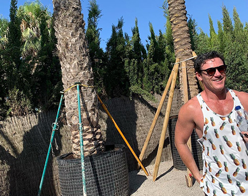 luke evans Luke Evans, shopping green a Ibiza