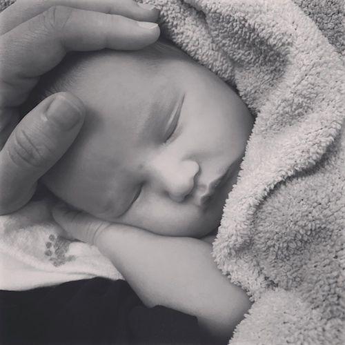 67146410 657973191349300 5740459092792279458 n Alanis Morissette è diventata mamma