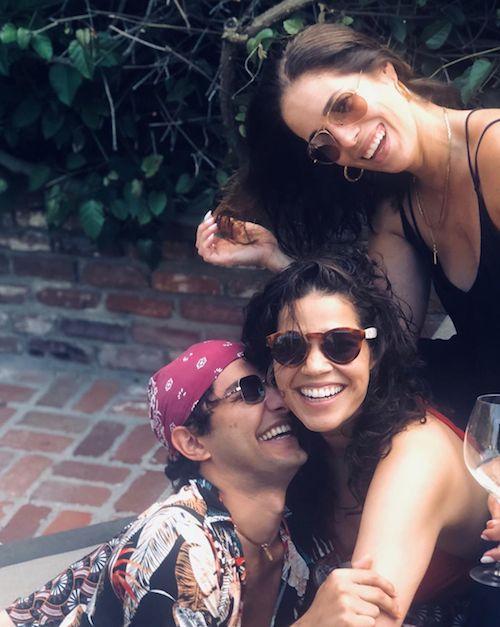 67520123 350600145849245 3710875955600104324 n America Ferrera, reunion con Ana Ortiz e Mark Indelicato