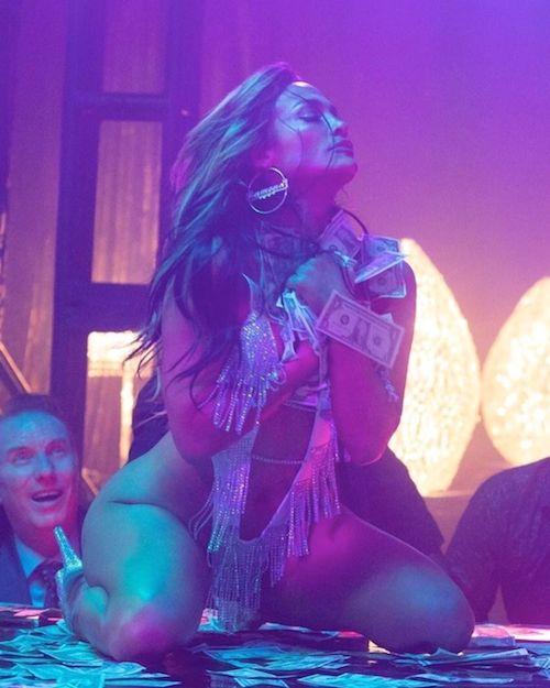 68955748 449963832394512 8445491410288112514 n Jennifer Lopez è hot nei panni di Ramona