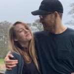 blake ryan 4 150x150 Ryan Reynolds posta le foto buffe di Blake Lively