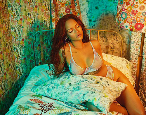 rihanna 2 Rihanna ancora hot per Savage x Fenty