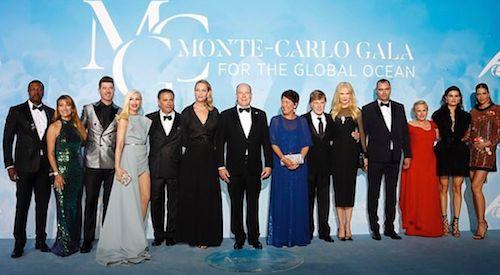 67433017 140519340540890 2527513094751046278 n Gwen Stefani in azzurro a Montecarlo
