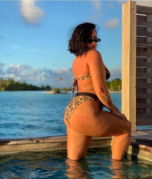 69328407 2346159135653749 4663865571310530716 n Demi Lovato in bikini: Ho la cellulite e ne vado fiera
