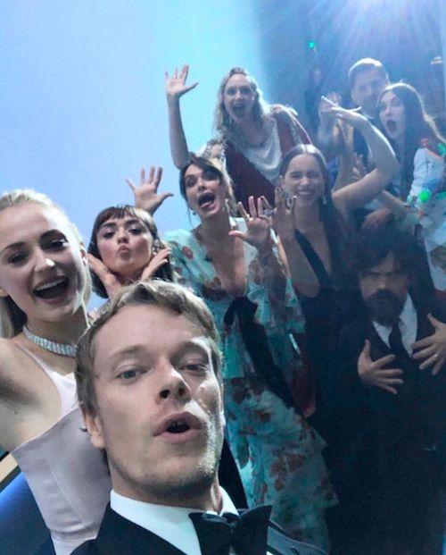 69755718 390613638270991 8689591413527627420 n Selfie di gruppo per il cast di Il Trono di Spade