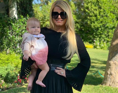 Jessica Simpson Birdie Jessica Simpson di nuovo in forma dopo il parto