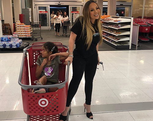 Mariah Carey Mariah Carey fa la spesa con Monroe