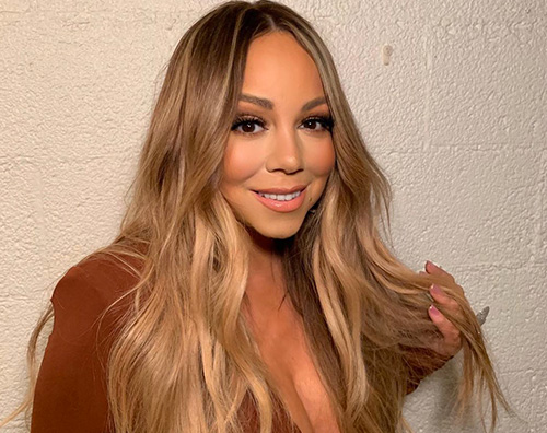 Mariah Carey curve in mostra a Los Angeles
