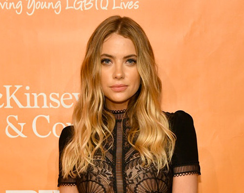 Ashley Benson Ashley Benson ha cambiato look