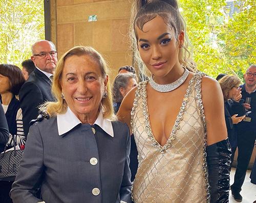 Rita Ora Rita Ora retrò alla sfilata di MiuMiu