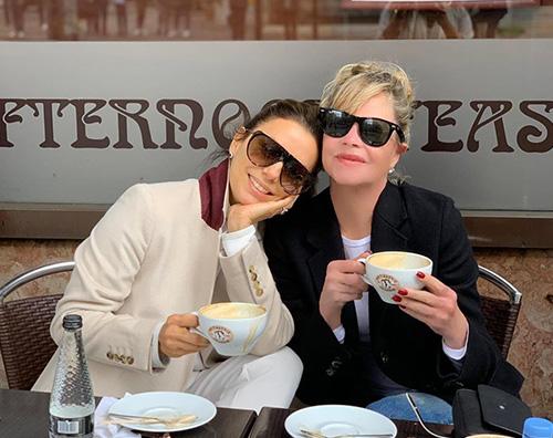 Eva Longoria e Melanie Griffith, due amiche a Londra
