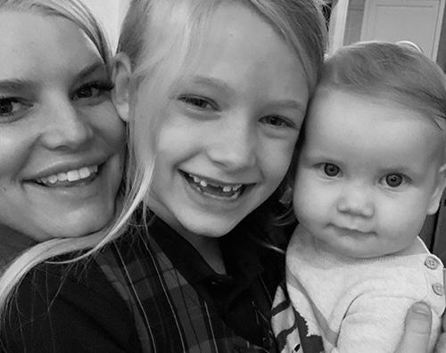 jessica simpson Jessica Simpson è felice con le sue bambine
