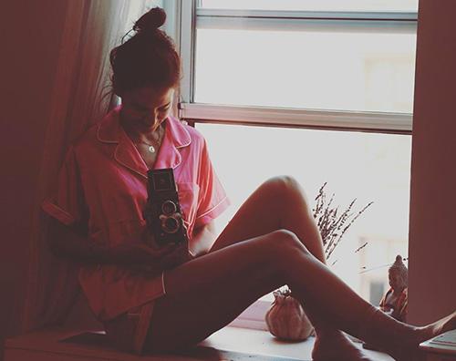 katie holmes 1 Katie Holmes in pigiama su Instagram