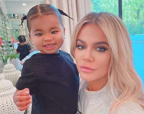 khloe kardashian2 Khloe Kardashian su Instagram con True