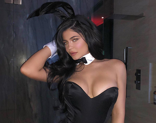 kylie jenner 4 Kylie Jenner è una coniglietta per Halloween