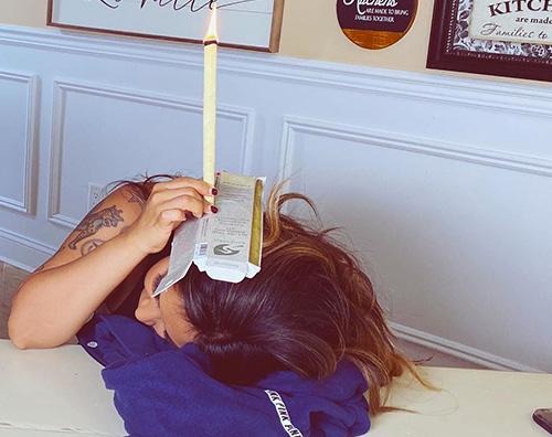 snookie Snooki e la pulizia delle orecchie su Instagram