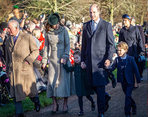 kate middleton 1 Kate Middleton pentita del cappotto sfoggiato alla messa di Natale