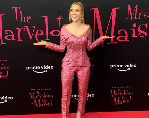 "Rachel Brosnan presenta ""La Fantastica Signora Maisel"" a NY"