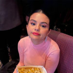 Selena Gomez 2 150x150 Selena Gomez raggiante alla premiere di Dolittle
