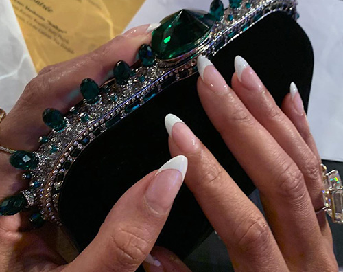beyonce Indovina la french manicure