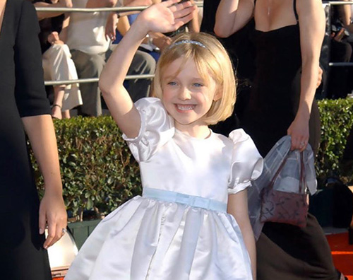 dakota fanning 2 1 Dakota Fanning scintillante ai SAG Awards 2020