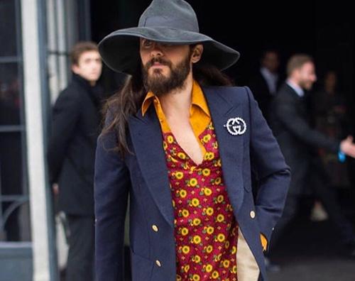 jared leto Jared Leto, look anni 70 alla sfilata di Gucci