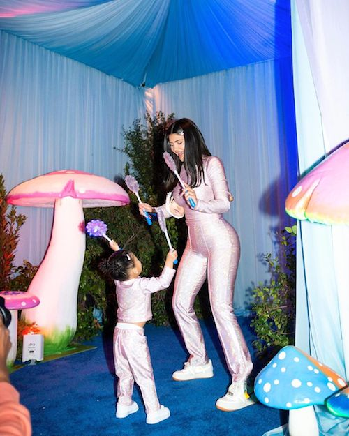 82447418 2582417645140496 4779809439654922365 n Kylie Jenner, party bis per i due anni di Stormi