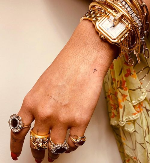 84637159 127815248748959 1841860835734415123 n Rita Ora sfoggia i nuovi tattoo su Instagram