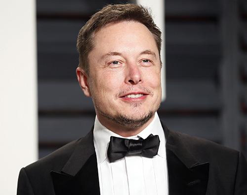 elon musk Elon Musk dona 1255 ventilatori agli ospedali della California