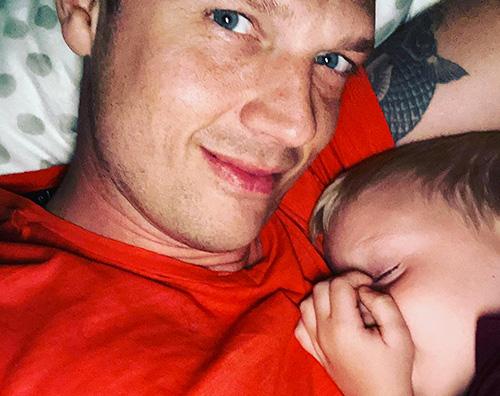 nick carter Nick Carter coccola suo figlio su IG