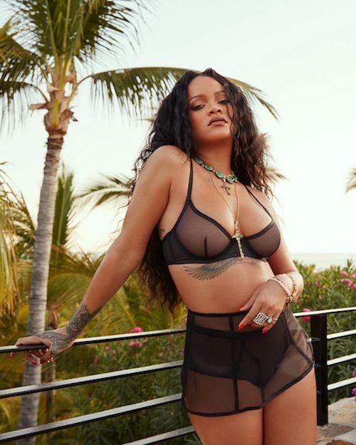 95309400 106463354289744 1382871053325365799 n Rihanna hot sui social