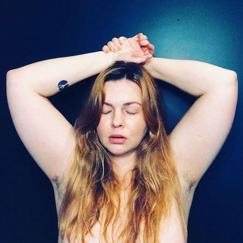 96690951 235271731229974 4612992962501731519 n Amber Tamblyn si mette a nudo per i suoi 37 anni