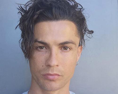 cristiano ronaldo Cristiano Ronaldo, il look post quarantena