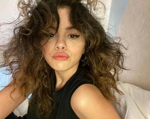 selena gomez Slena Gomez, selfie su Instagram