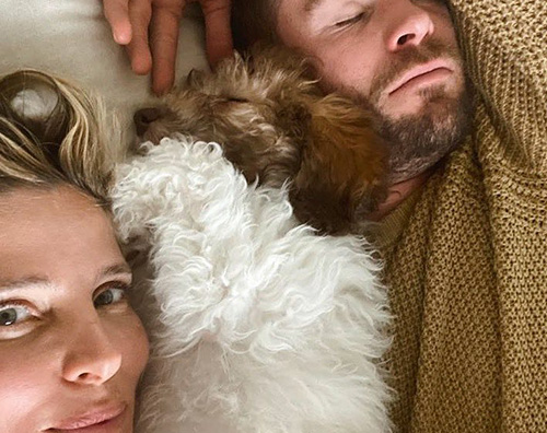 elsa chris Elsa Pataky e Chris Hemsworth, relax in coppia su IG