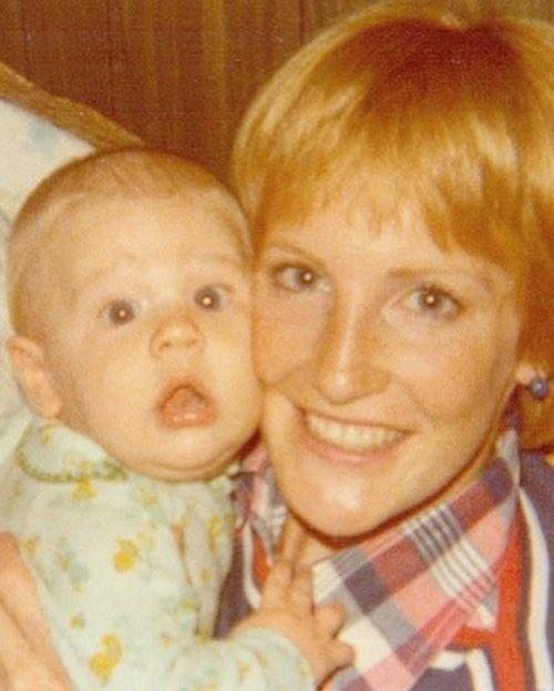 107377464 291269345555569 4250060600690450609 n James Van Der Beek piange la morte della sua mamma