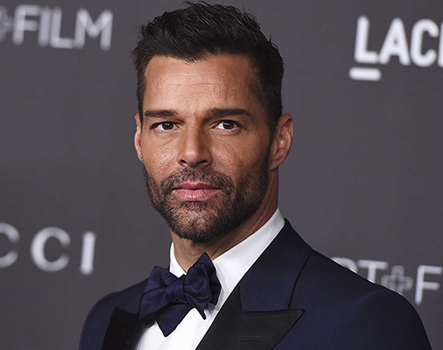 Ricky Martin Ricky Martin senza maglietta su Instagram