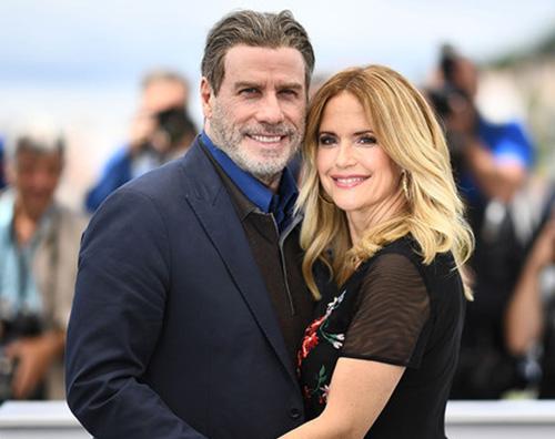 john travolta John Travolta ricorda Kelly Preston nel giorno del suo compleanno