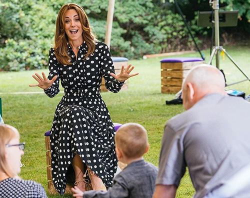 kate middleton 1 Kate Middleton, espadrillas e pois per Tiny Happy People