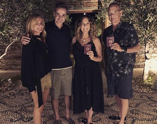 tom hanks rita wilson Tom Hanks e Rita Wilson sono cittadini greci