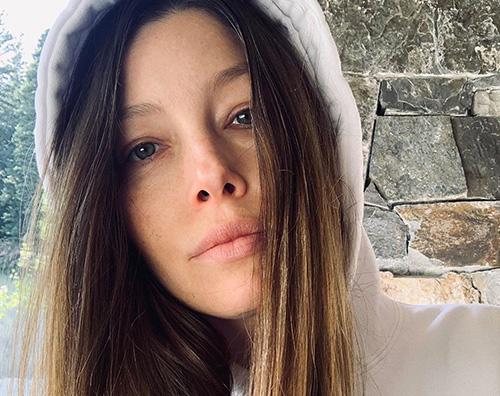 Jessica Biel senza makeup su Instagram