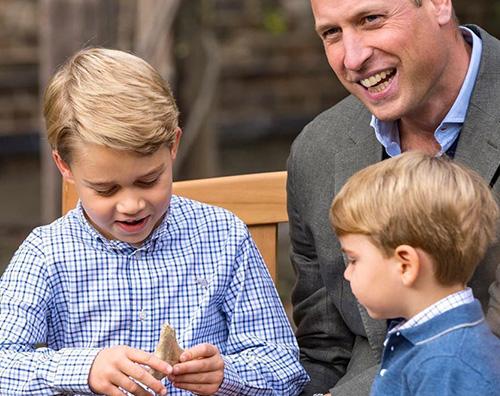royal family 1 Kate e William mostrano alcune nuove foto dei loro figli
