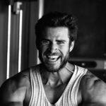 lam 3 150x150 Liam Hemsworth mostra i muscoli su Instagram