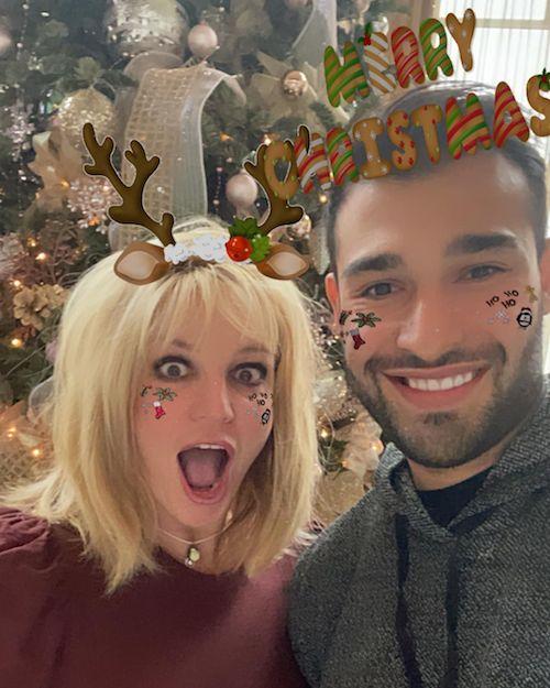 132946830 665960550767382 4921894843936347388 n Britney e Sam, Natale in love