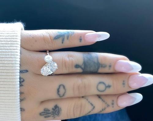 ariana Ariana Grande e Dalton Gomez sono fidanzati