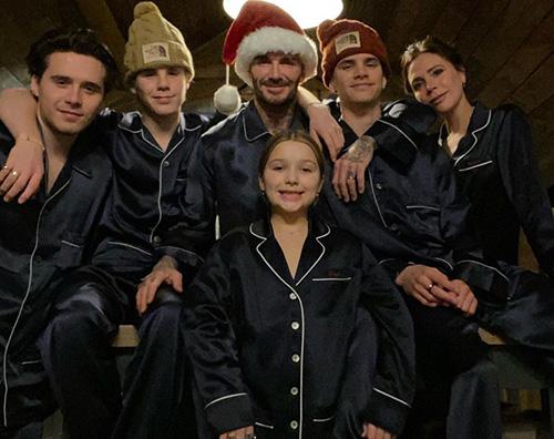 famiglia beckham Gli auguri di Natale social dei Beckham