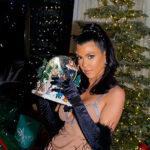 kardashian jenner 8 150x150 Natale allinsegna del buongusto per le sorelle Kardashian/Jenner