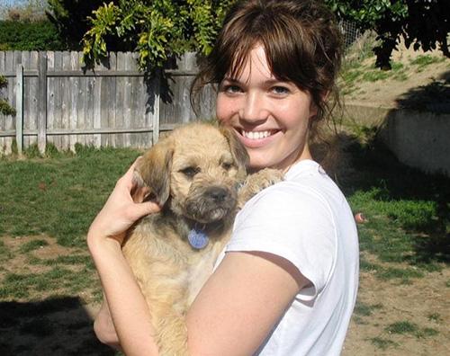 Mandy Moore dice addio alla sua cagnolina