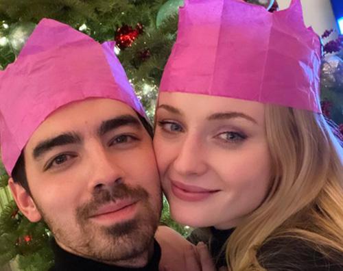 sophie joe Joe Jonas e Sophie Turner, primo Natale da genitori