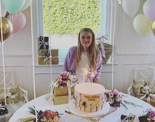 dakota fanning Dakota Fanning ha festeggiato i suoi 27 anni